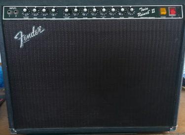 Fender Twin Reverb II (1983 - 1986)